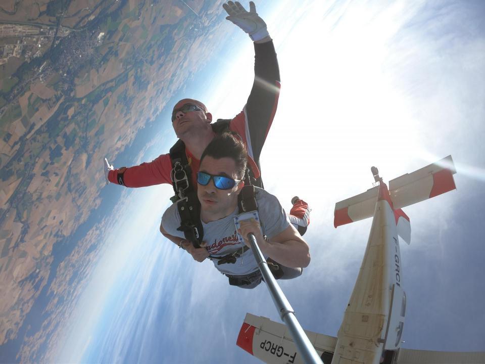 Sauter en parachute cooltandem.com